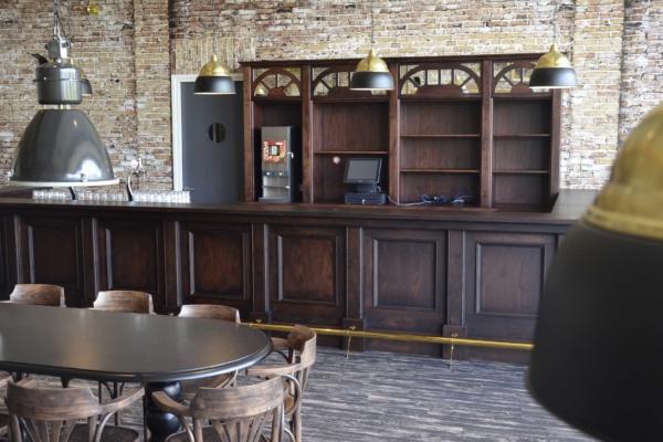 Klassieke bar